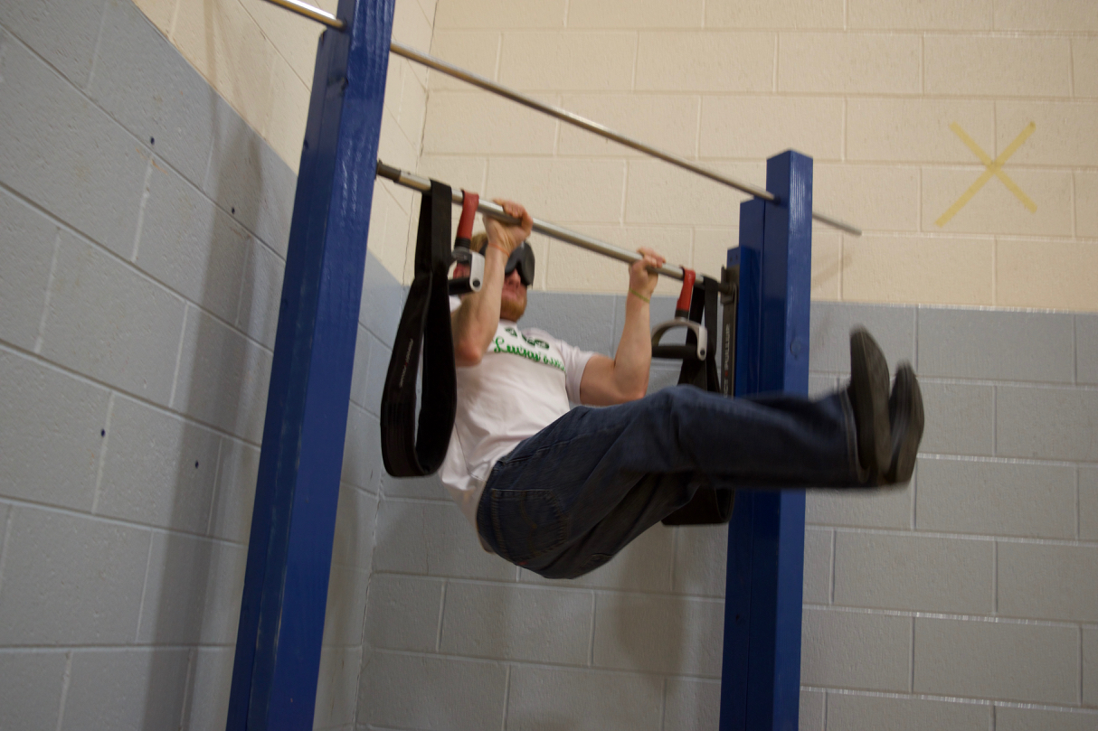 Ryan at the Pull Up Station doing leg lift pull ups